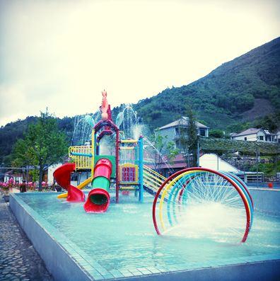 castle spray park
